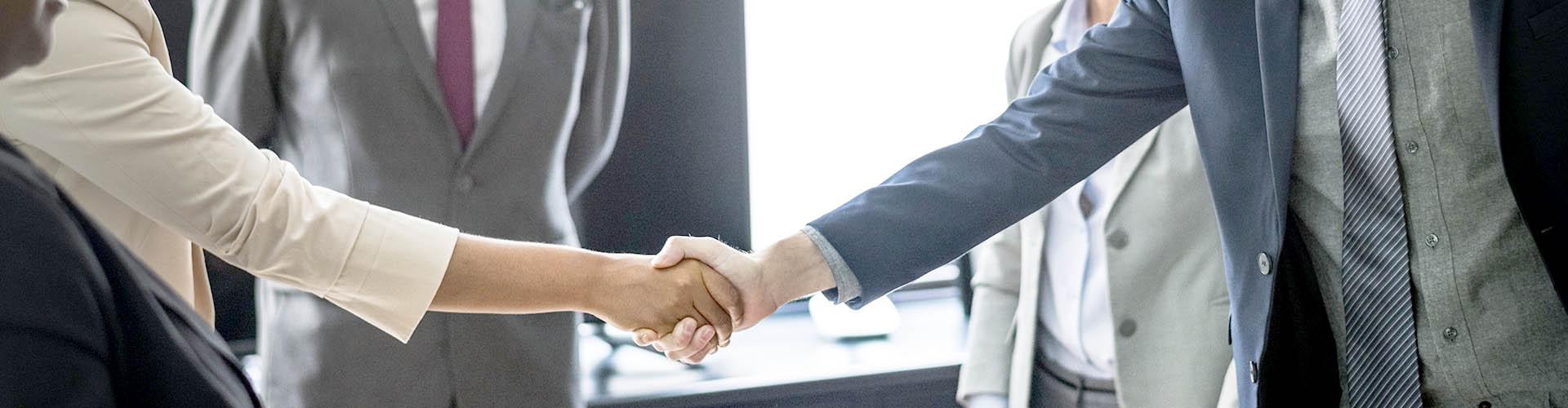 Curso de negociación para jóvenes empresarios